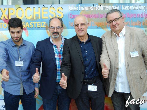 MUJER Y AJEDREZ. Francisco Cuevas y Luis Barona
