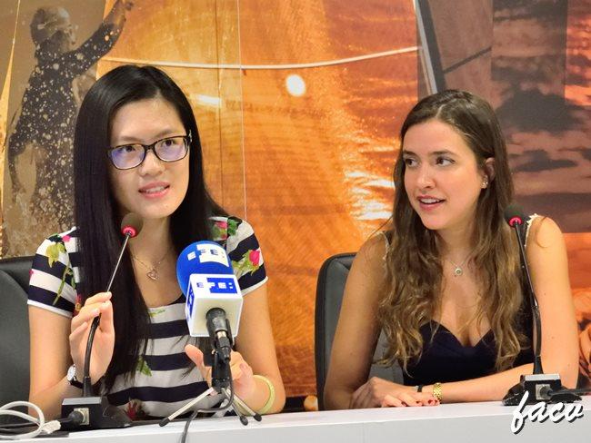 Hou Yifan Valencia y Cristina García Bielsa