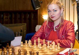 2018-star-women-ajedrez-w09