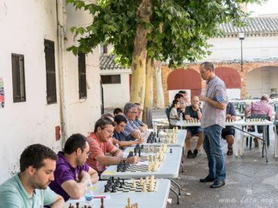 partida simultánea ajedrez