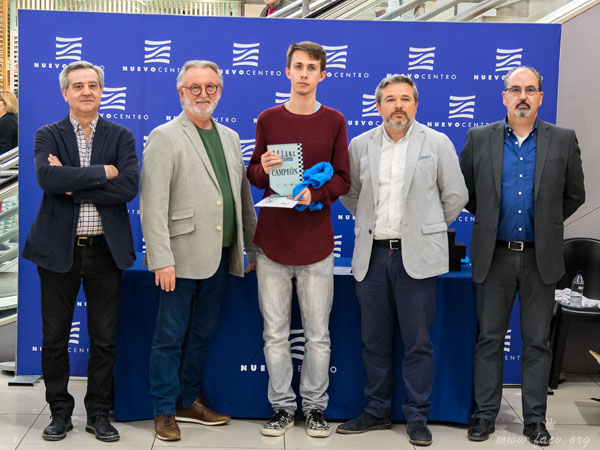 Alberto Quintin campeón de ajedrez