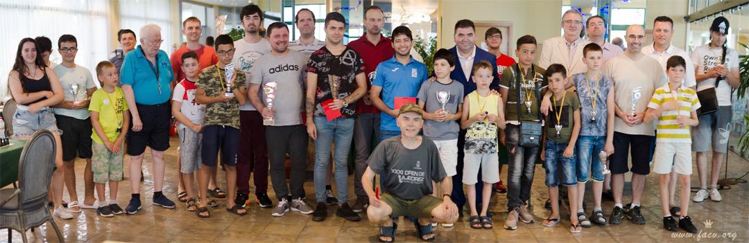 foto premiados torneo ajedrez