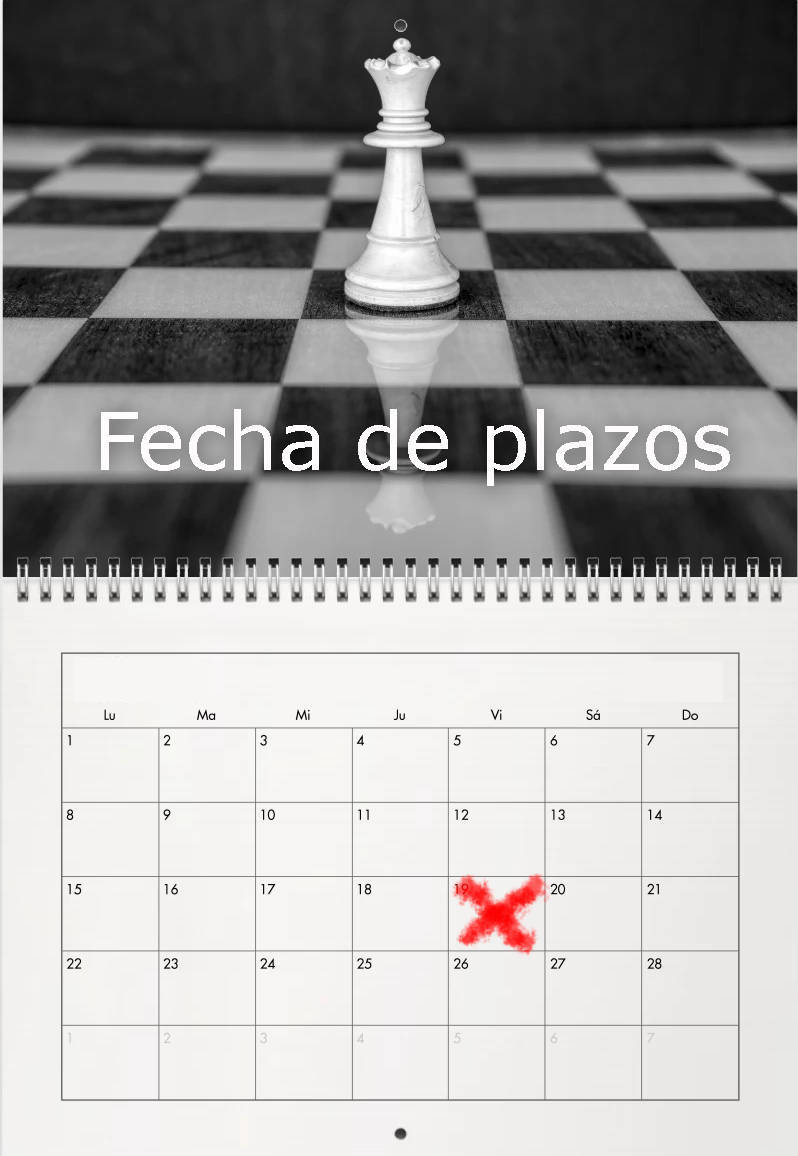 pieza de ajedrez y hoja de calendario