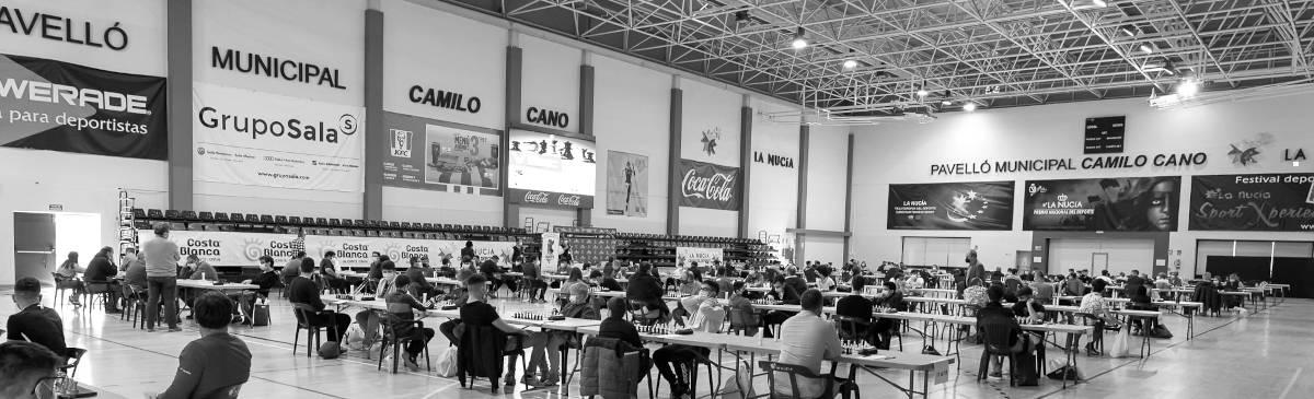pabellón con torneo de ajedrez